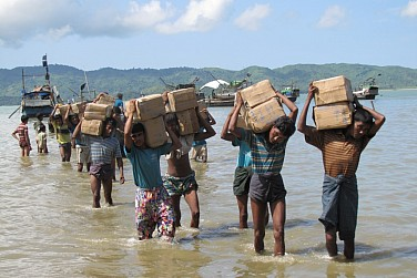 Southeast Asia Scrambles to Deal With Migrant Crisis
