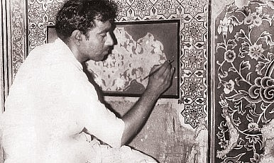 Meeting the Master of Fresco Art in Pakistan