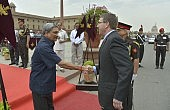 US, India Look to 'Open up' Defense Relationship
