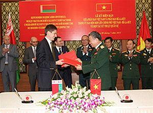 Vietnam, Belarus Ink New Military Pact