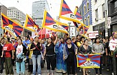 Pro-Tibetan Protesters Storm Chinese Consulate in Australia