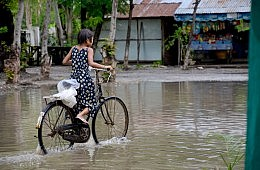 Myanmar Floods a Test for Political Leaders
