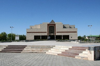 Uzbekistan Fires Director of the Famous Nukus Art Museum