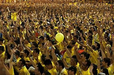 Malaysians Escalate Push For Najib's Resignation