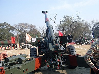 India's New Homegrown Artillery Gun System Fails in Test