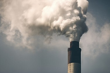 China: Quantitative Easing and the Pollution Problem