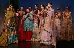 India Meets Pakistan ... At a Fashion Show in New Delhi