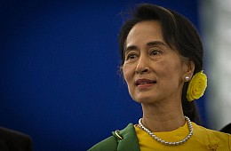 Myanmar's Aung San Suu Kyi Pushes for Peace With Ethnic Rebels