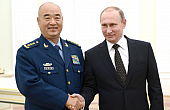 Top Chinese Military Official Seeks More Co-op With Russia