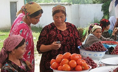Fears of Terrorism Prompt New Communications Laws in Tajikistan