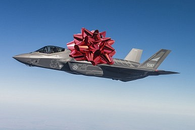 Holiday Guide: Which Fifth Generation Fighter to Buy