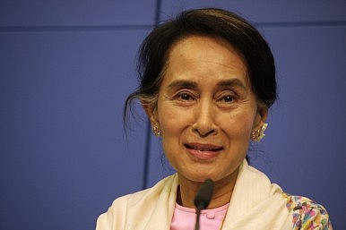 Can Suu Kyi Break Myanmar's Ceasefire Deadlock?