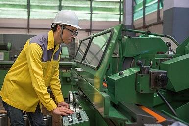 China Fears Escalate As World Economy Slows