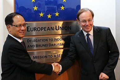 What ASEAN Can Learn From Brexit