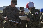 Japan's Elite Amphibious Assault Force Trains With US Marines