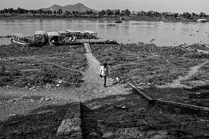 Towards Cambodia's Great Lake