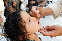 Attacks Hamper Pakistan's Efforts on Polio