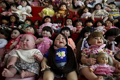 Thailand's Angel Doll Craze