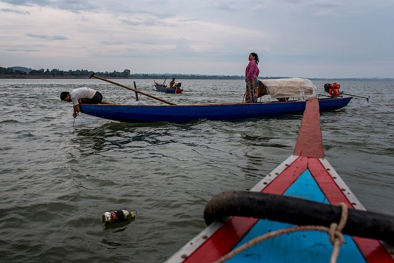 Residents of Koh Sralay are entirely reliant on the river for survival and will be heavily impacted by the Chinese-owned Sesan II dam, which will disrupt fish migrations and sediment flow. Photo by Luc Forsyth.