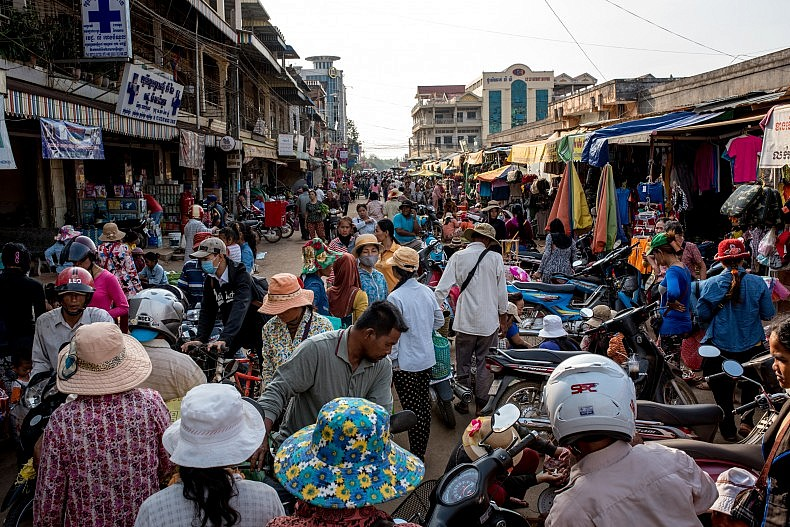 The main market in the riverside city of Steung Treng. Photo by Luc Forsyth.