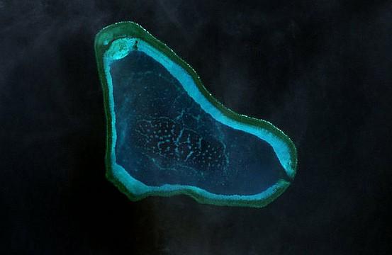 South China Sea: Philippine Coast Guard Spots PLAN Warship Off Scarborough Shoal