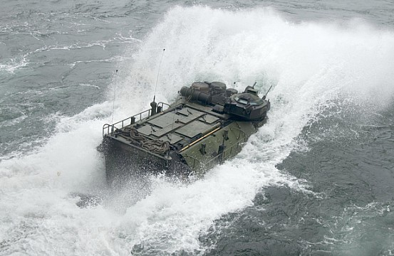 japan u2019s military to get new assault amphibious vehicles