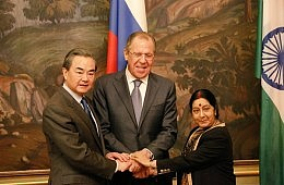 Russia, India, China Address South China Sea in Trilateral Statement