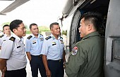 Singapore Defense Minister in Brunei Amid Anniversary