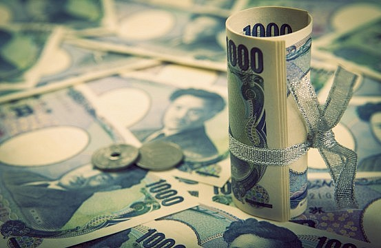 Japan: Abe Set to Delay Next Tax Hike | The Diplomat