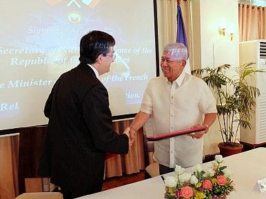 Philippines, France Ink New Defense Pact