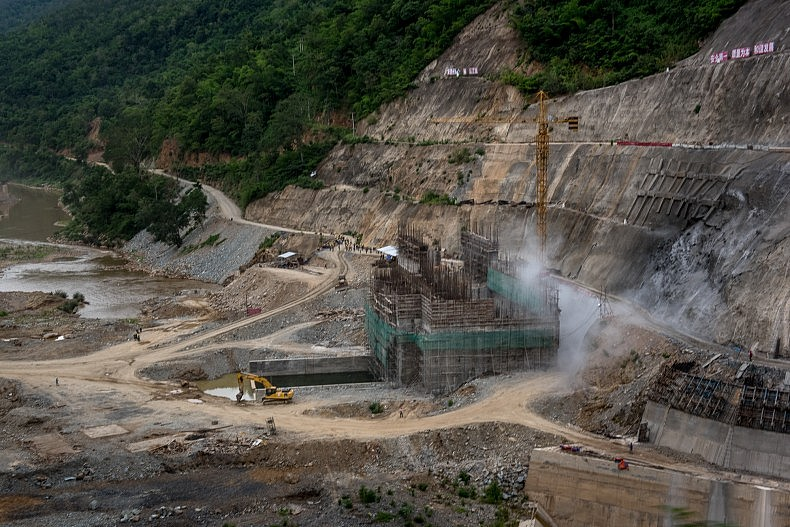 The construction site of the Nam Kong 2 dam. Once completed, the 3 proposed dams on the Nam Kong river will inundate around 1500 km of land, displacing thousands. Photo by Luc Forsyth.
