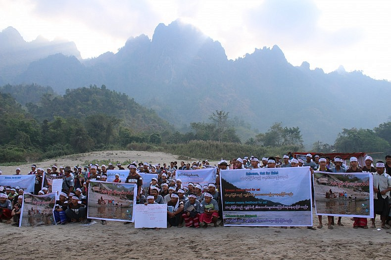 Karen people demonstrating on the banks of the Salween River for International Day of Action for Rivers and Against Dams on March 14. Image courtesy of Kesan.