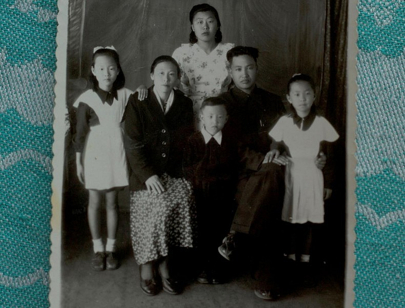 Galina Lee with her husband Konstantin Ten and four children. Courtesy of Victoria Kim.