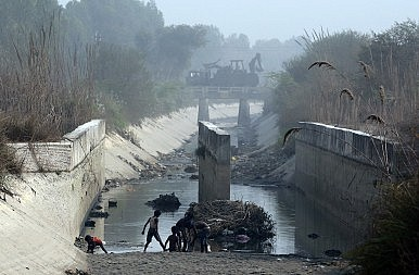 The Cost of Interlinking India's Rivers
