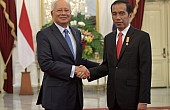 Indonesia, Malaysia Boost Military Ties in Islamic State Terror Fight