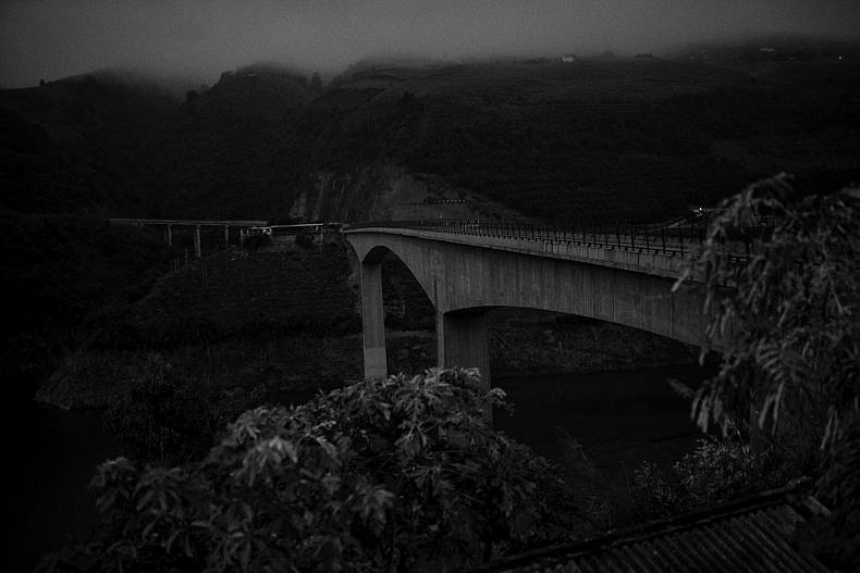 The bridges over the Lancang (Mekong) tributaries in Jinglin are nothing fancy. Photo by Gareth Bright.