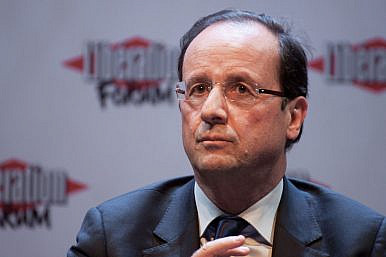 What Did France's Hollande Achieve During His Malaysia Visit?