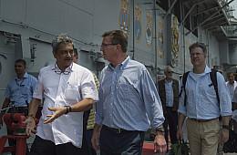 Assessing US-India Relations: The Strategic Handshake