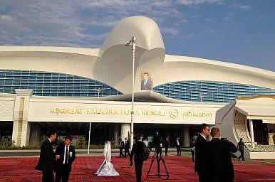 Turkmenistan's Potemkin Airport