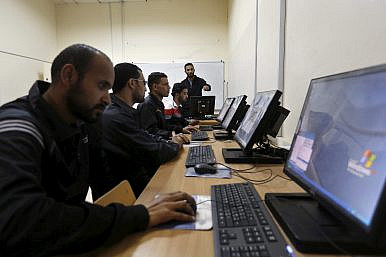 Technology in Pakistan: A Slow March