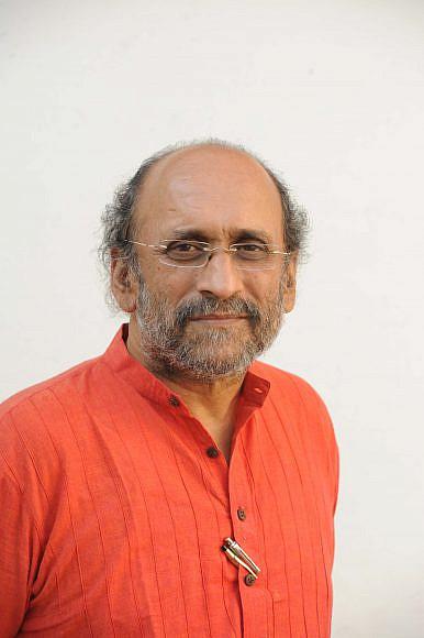 TV Anchors and Lynch Mobs: Interview With Paranjoy Guha Thakurta