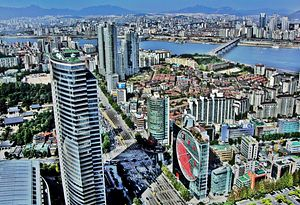 South Korea Is Poised for Economic Disaster