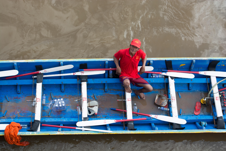 Cambodia's Dragon Boat Races