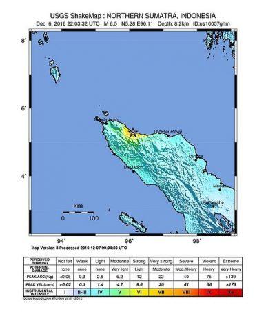 102 Killed in Aceh Quake, Mercifully No Tsunami
