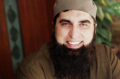 Remembering Junaid Jamshed: From 'Pakistan Pakistan' to 'Medina Medina'