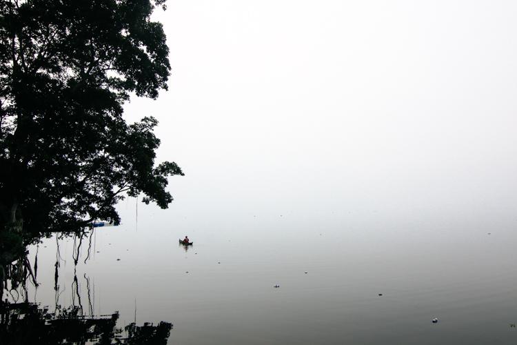 Lake Mininjau, Bukittinggi, West Sumatra. Photo by Thomas Brown.