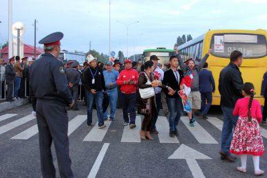 Kyrgyz Government Reverses Registration Law