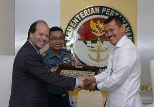 Indonesia, Greece Eye Stronger Defense Ties