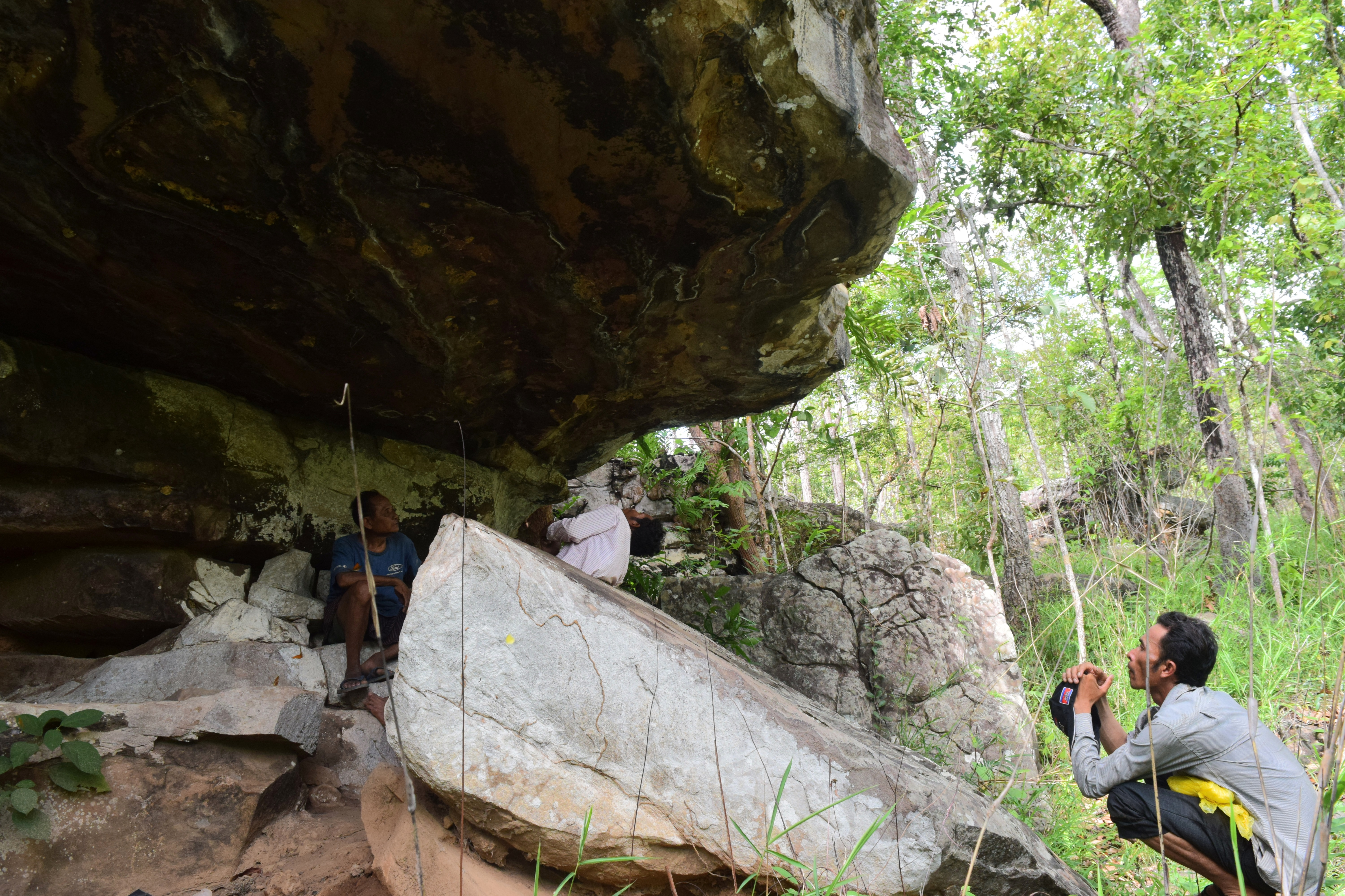 Finding Cambodia's Ancient Cave Paintings