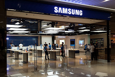 Scandal-Hit Samsung Still Asia's Top Brand